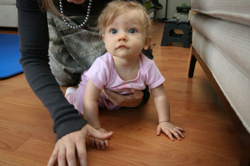 How To Teach Your Baby To Crawl And Exercise (with Video)