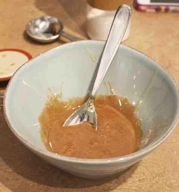Honey and Cinnamon Scrub