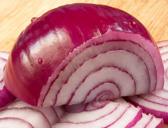 Onions for Acne Bumps