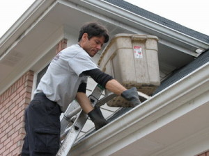 Clean Your Gutter Safely