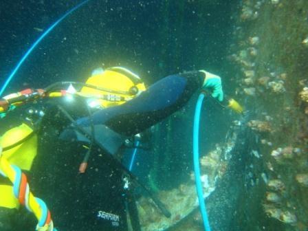 scuba diving crew