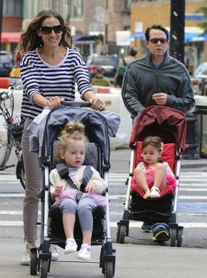 twins at stroll