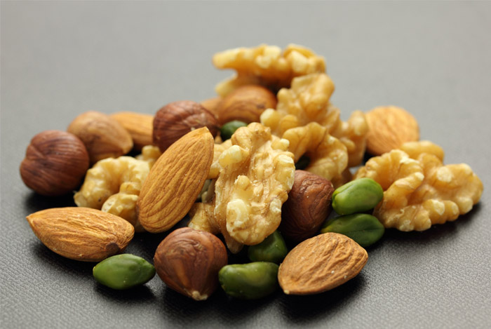 mixed-raw-nuts